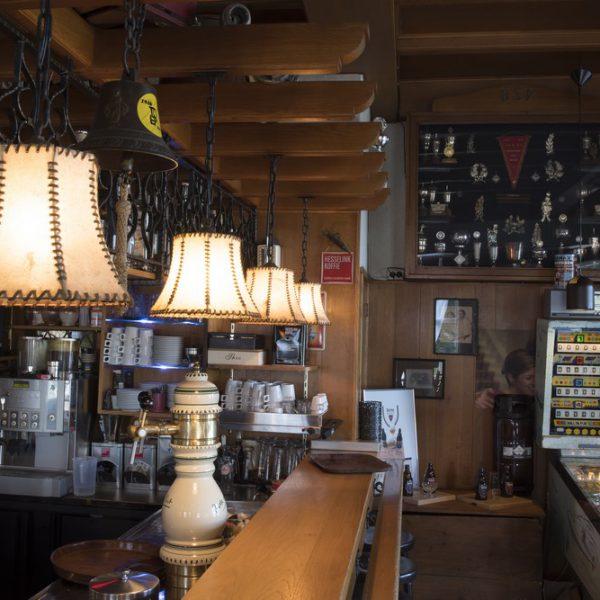cafe-hotel-de-lindeboom-3